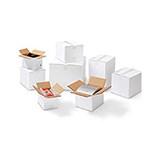 Weiße Kartons aus Wellpappe, 2-wellig
